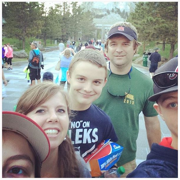 selfie fail mount rushmore